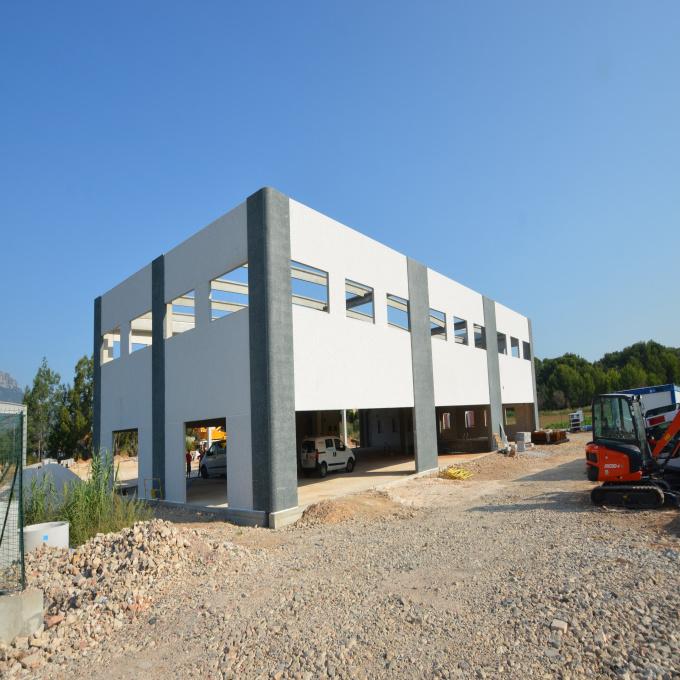Location Immobilier Professionnel Local d'activité Carqueiranne (83320)